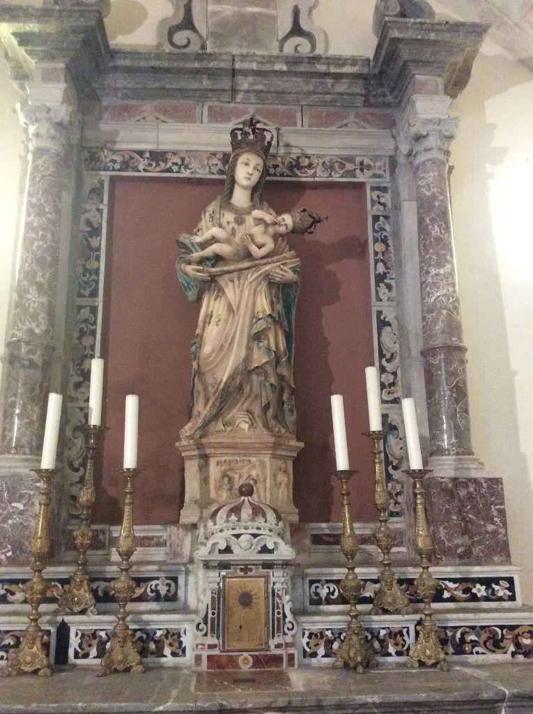 L'Ave Maria, en français et en latin ?